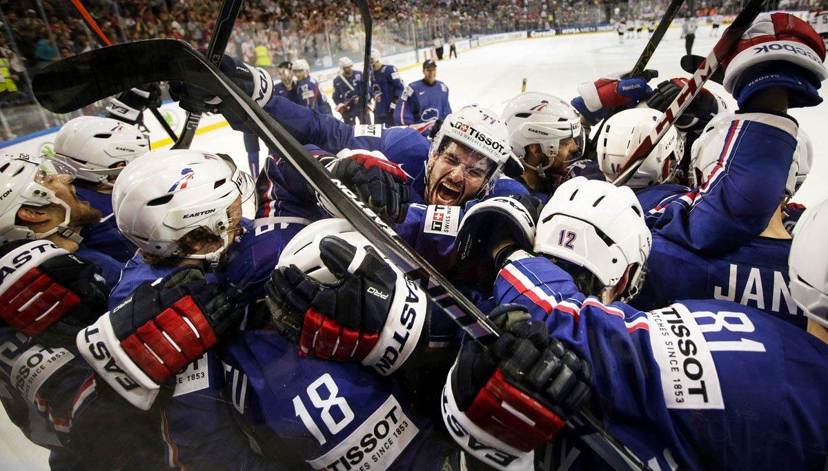 1452692633hockey