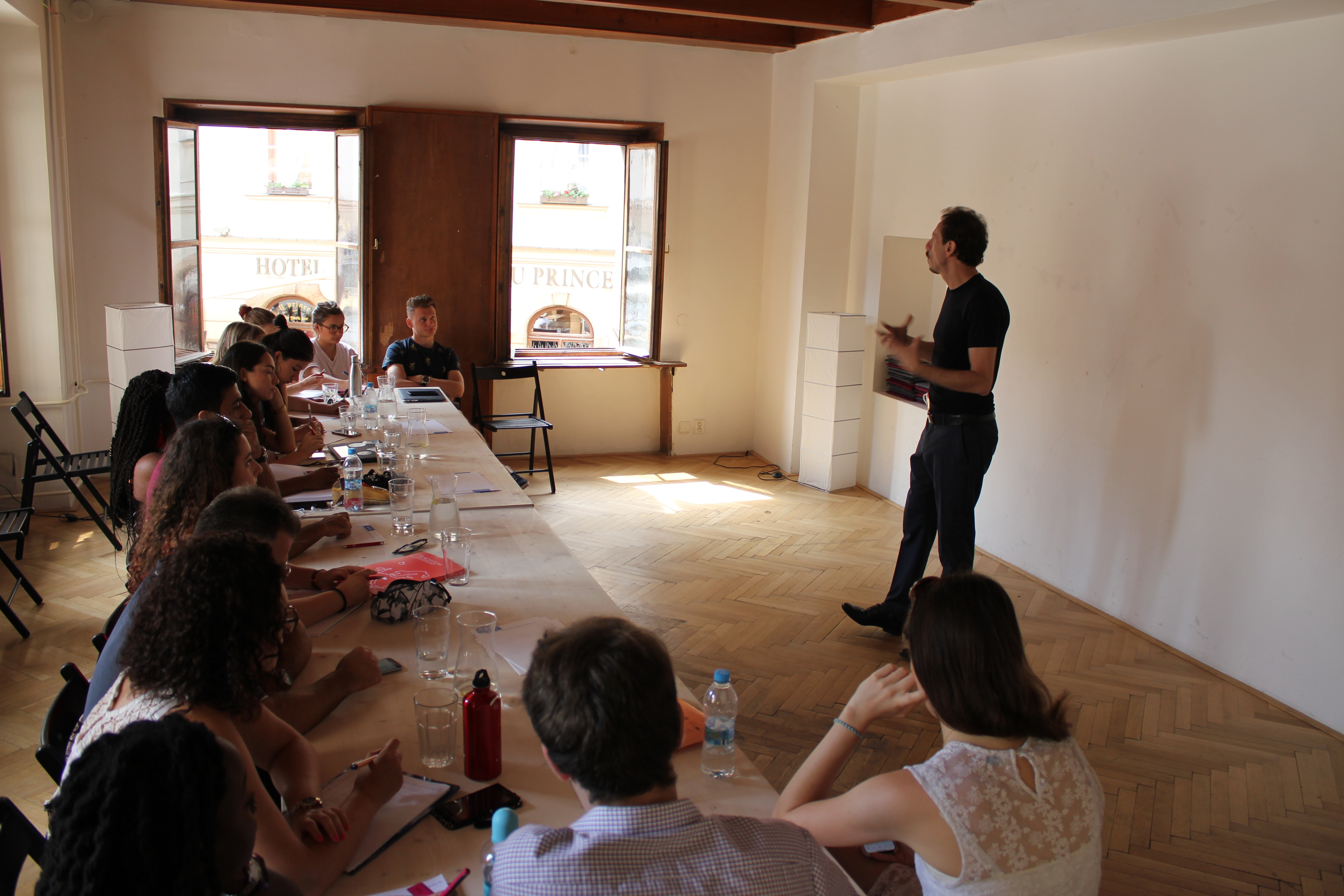 Prague College addresses the future challengesofEurope